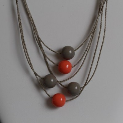 Collier Taupe et Corail